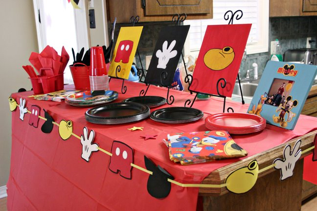 I ... & Mickey Mouse Birthday Party | LiveLifeArtfullyu0027s Blog